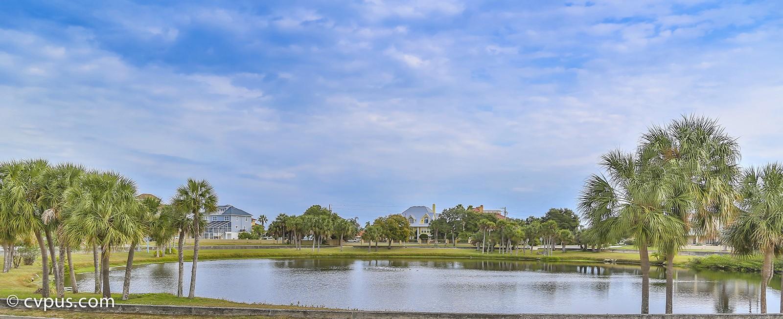 Gulf Harbors lake