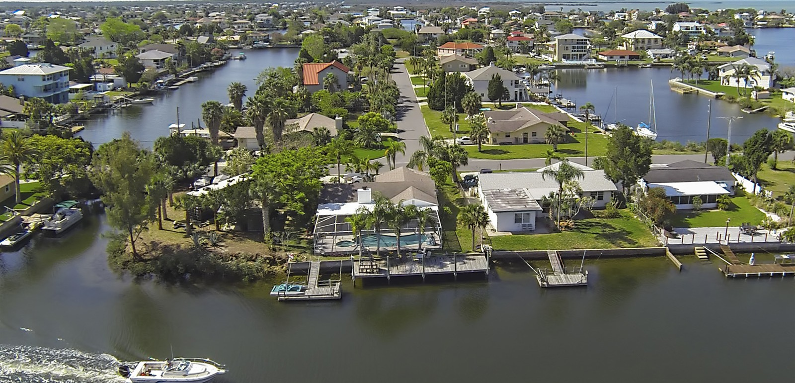 Hernando Beach - waterfront houses aerial photo
